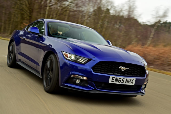 Rent Ford Mustang